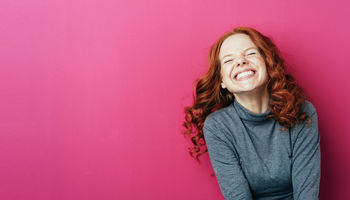 Laugh a little! How laughter helps our brain reduce stress